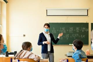 O prácu učiteľa je veľmi malý záujem. Vyriešili by to vyššie platy?
