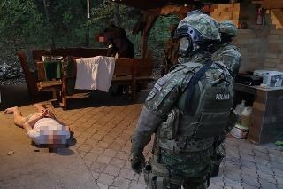 Na akcii participovali policajti Národnej jednotky boja proti nelegálnej migrácii aj policajti Mobilnej zásahovej jednotky zo Sobraniec a príslušníci PPU.