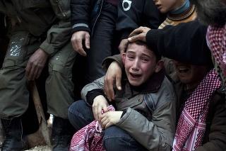 Bolesť, slzy a zúfalstvo sú v Sýrii na dennom poriadku.