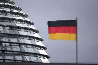 Pre podozrenia z korupcie sa mandátu vzdal ďalší poslanec CDU.