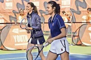 Vojvodkyňa Kate si v britskom Národnom tenisovom centre trúfla na senzačnú víťazku US Open Emmu Raducanuovú.
