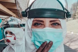 Mladá lekárka napísala o neľahkom boji s koronavírusom.