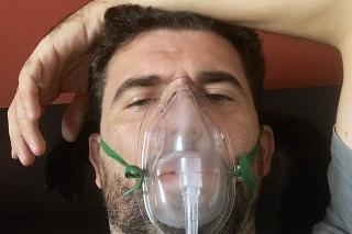 Robert prekonal ťažký stav.
