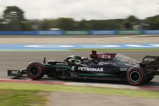 Hamilton najrýchlejší
