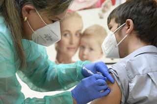 Očkovacie centrum pre deti a mládež vo veku od 12 rokov v Detskej fakultnej nemocnici v Košiciach.