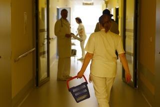 Snímka z Interného oddelenia ženy – Sektor B. vo Fakultnej nemocnici s poliklinikou J. A. Reimana Prešov.