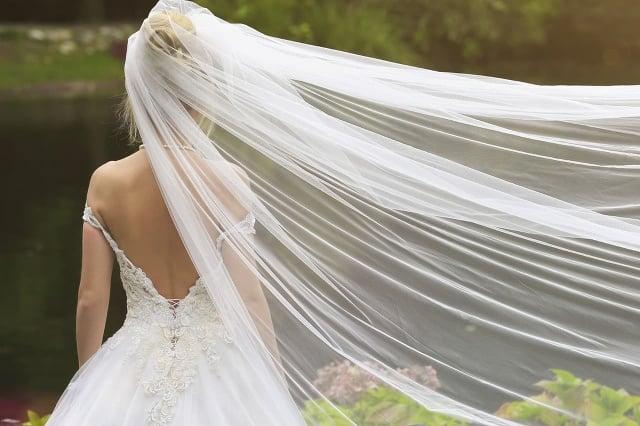 Ženích (†