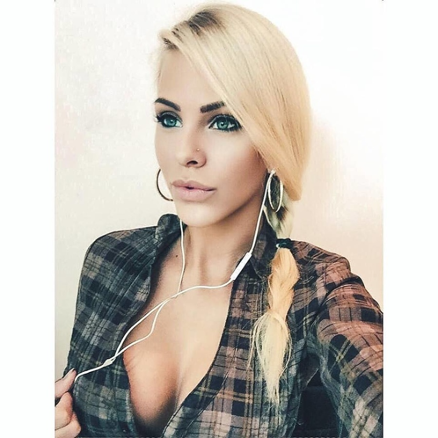 Speváčka Barbora Balúchová