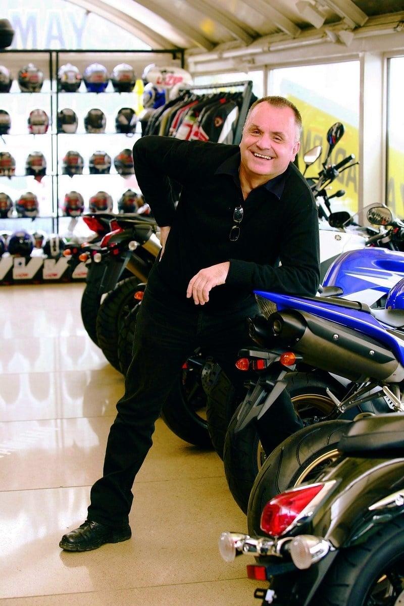 Biznis: Ráž motorky miluje.