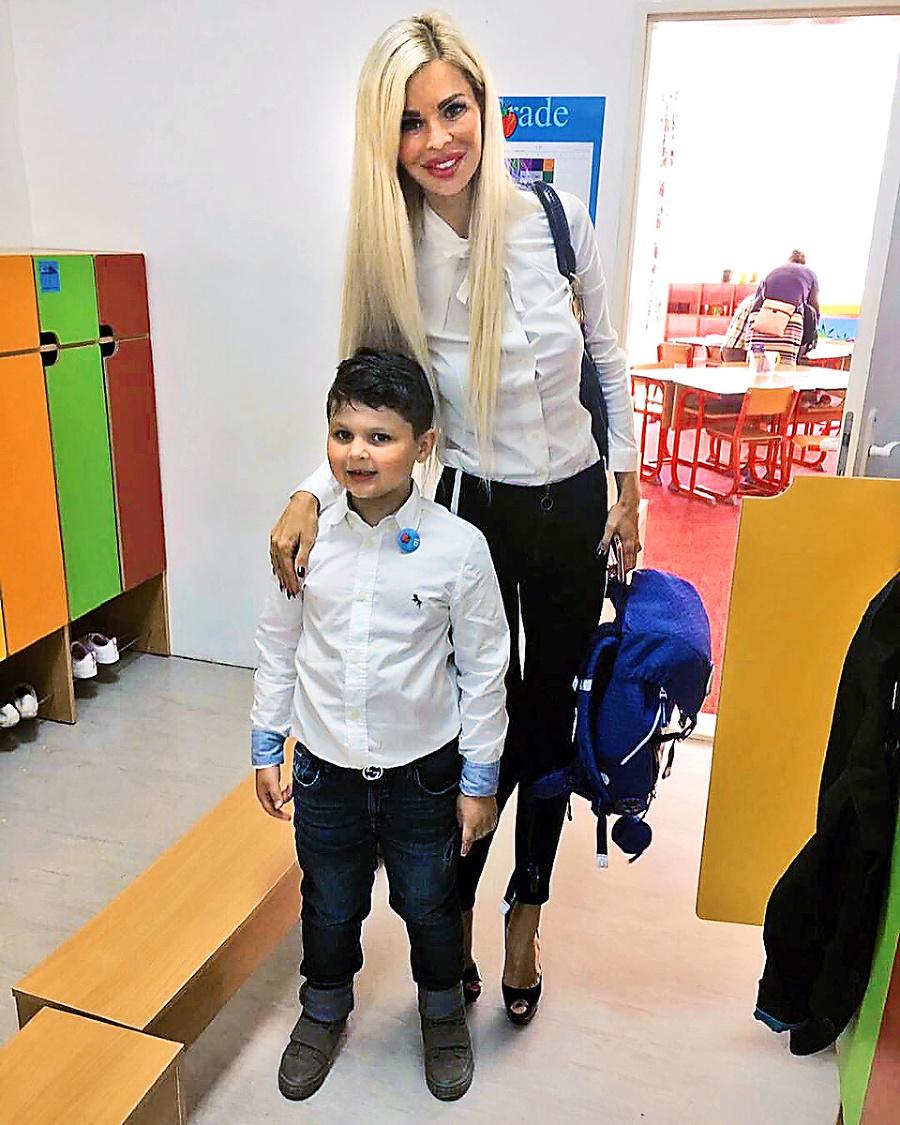 Modelka vychováva syna Alexandra.