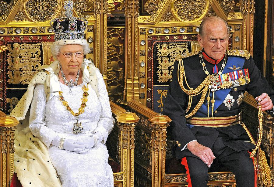 Kráľovná s manželom..
