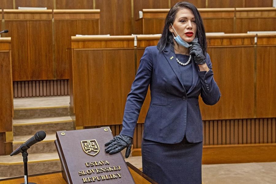 Poslanci - Jana Cigániková