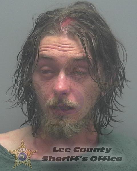 24-ročný útočník Joseph Newell.