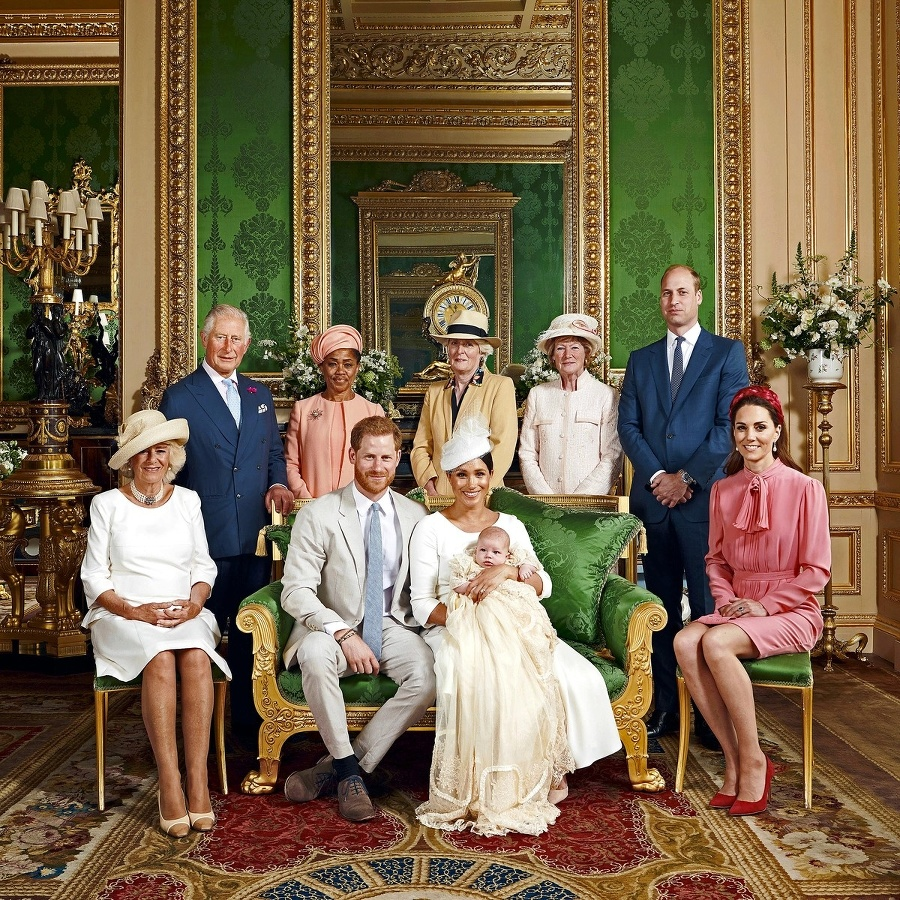 Oficiálna fotka kráľovskej rodiny