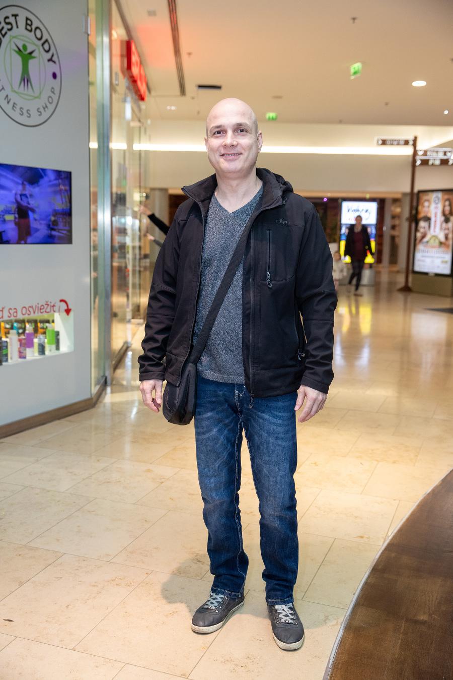 Herec Dušan Cinkota