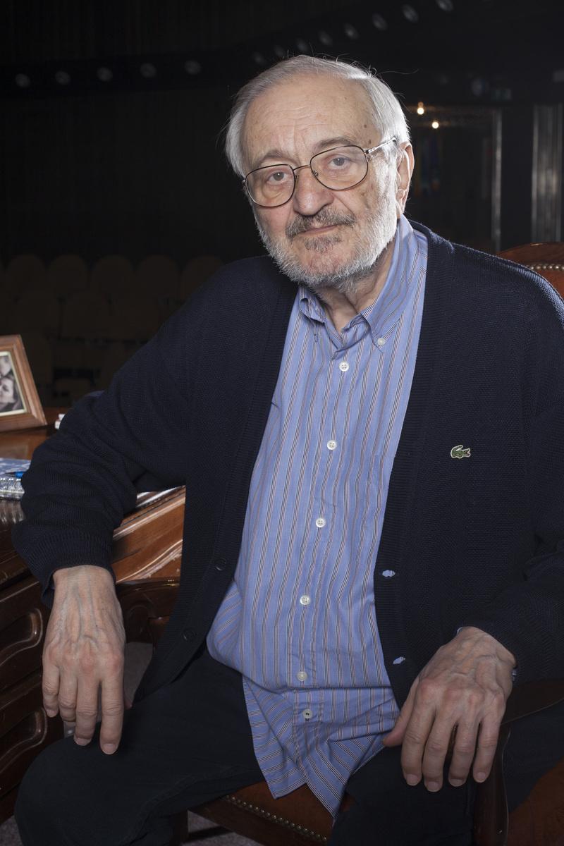 Magdin manžel Milan Lasica