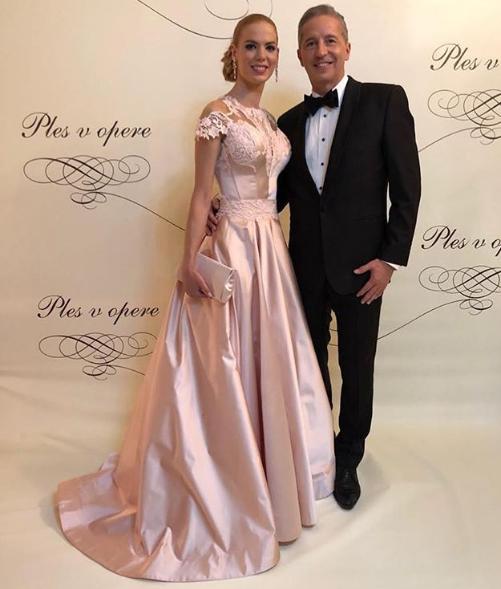 Václav Mika s partnerkou