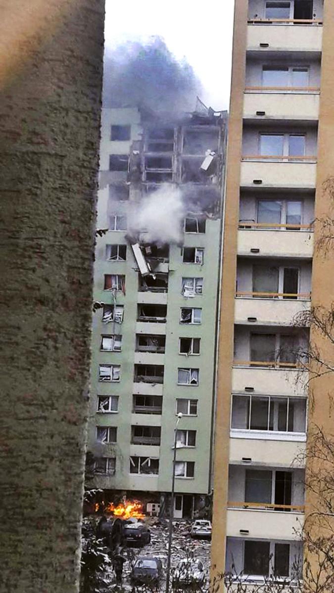 Hrozil celkový kolaps budovy.