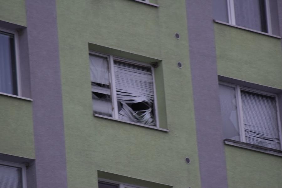 Výbuch vybil okná na