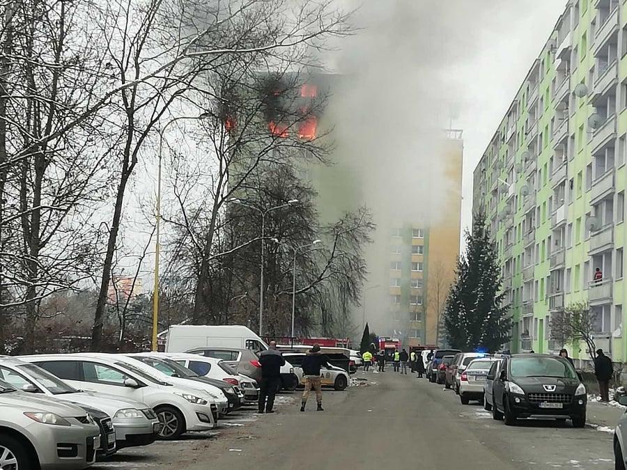 Bytovku po výbuchu plynu
