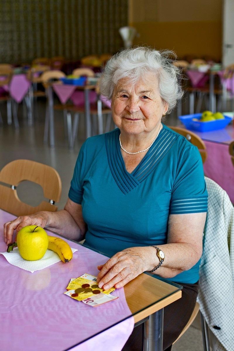 Slovákov s minimálnym dôchodkom