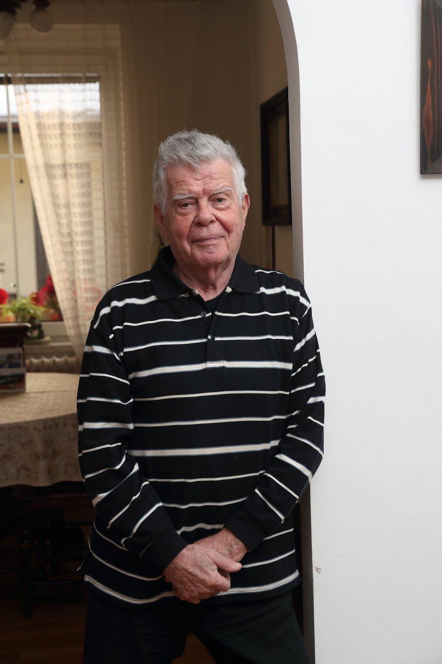 Herec Oldo Hlaváček