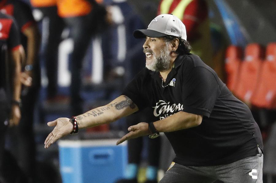 Na snímke Diego Maradona.
