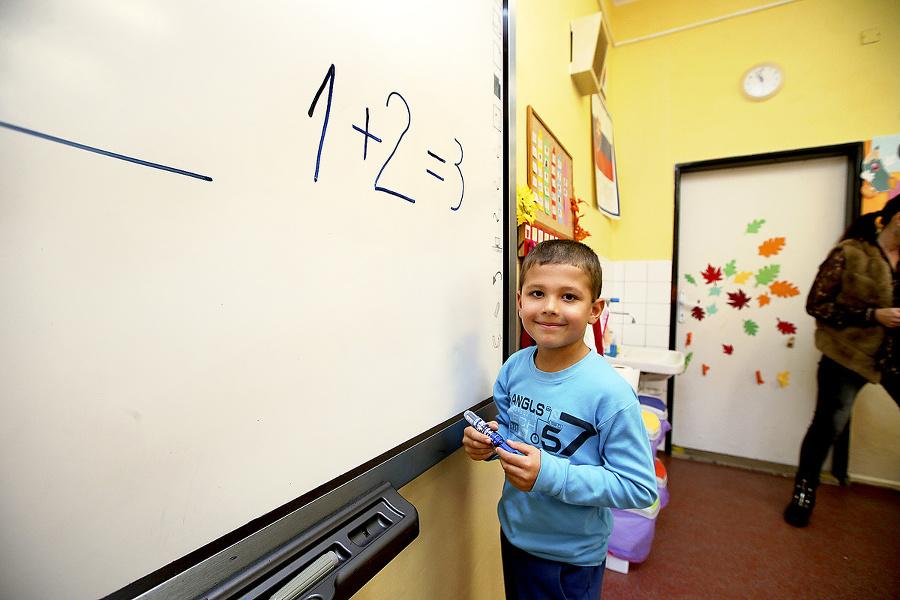 Šimonka veľmi baví matematika