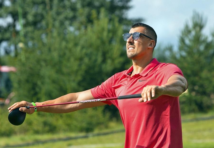 Pri golfe Jurčina rád