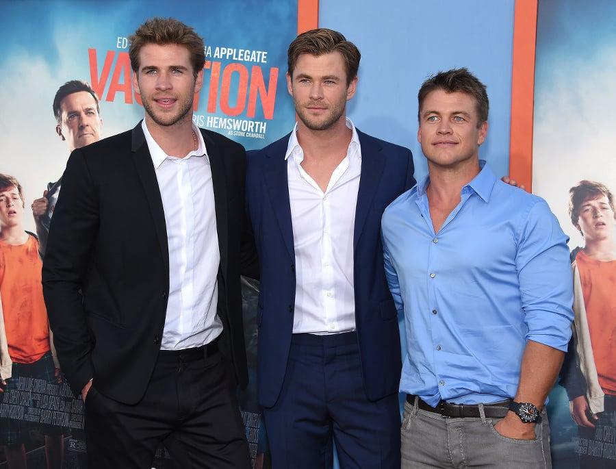Bratia Hemsworthovci: Zľava Liam,
