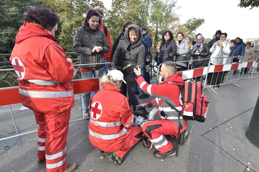Červený kríž rozdával premrznutým