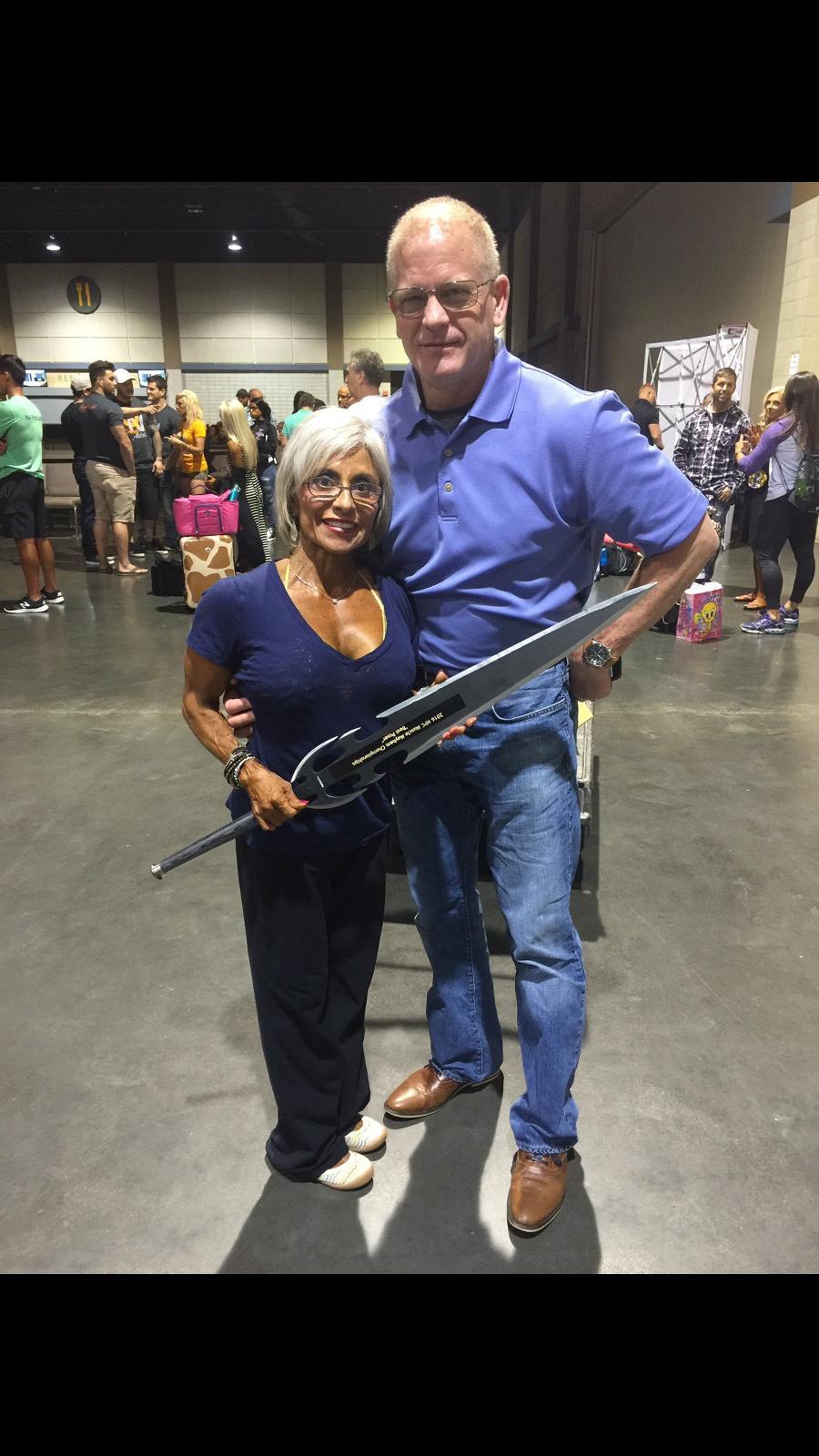 Rebecca s manželom.