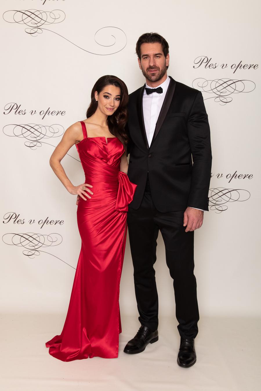 Boris Valábik s partnerkou.