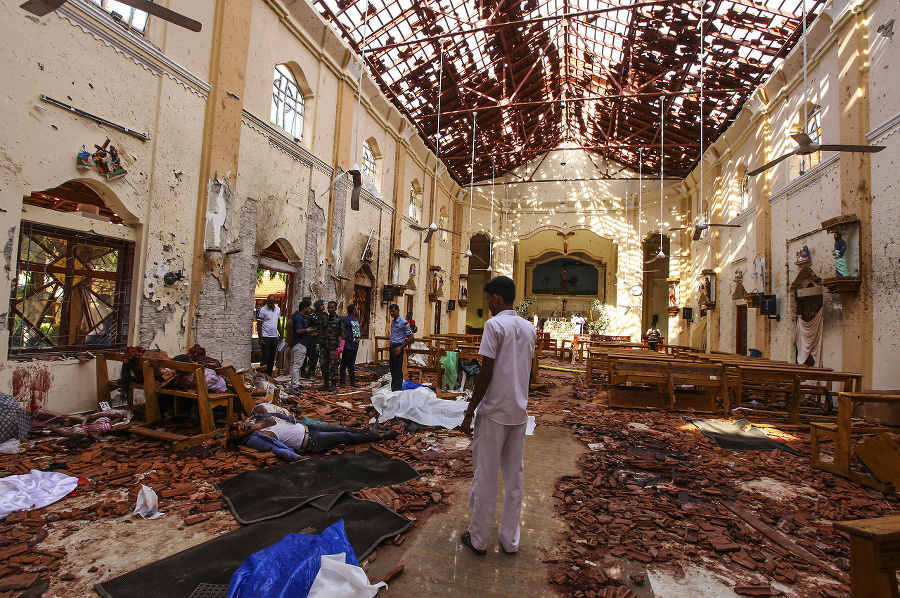Srí Lankou otriaslo viacero