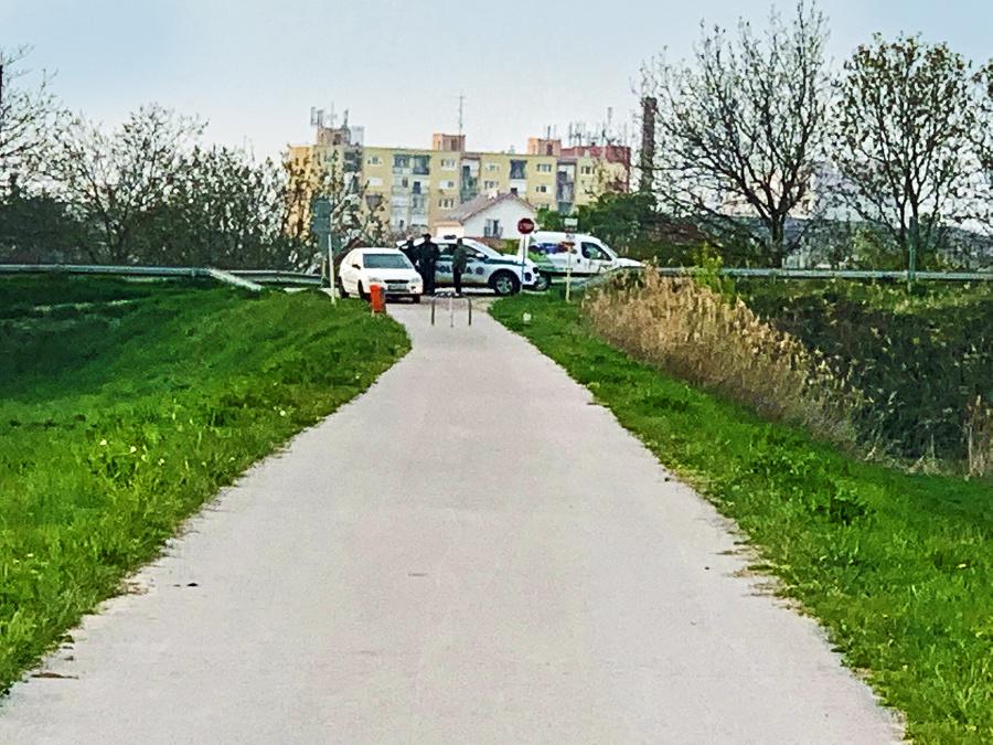 Kriminalisti prehľadávali nábrežie Váhu