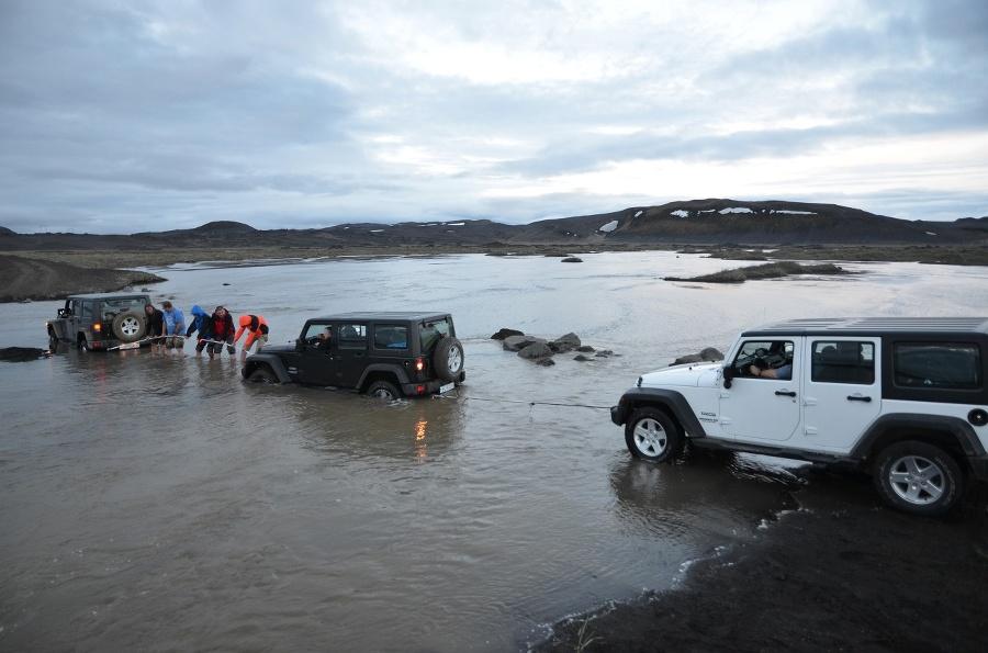 Na Islande zapadli v