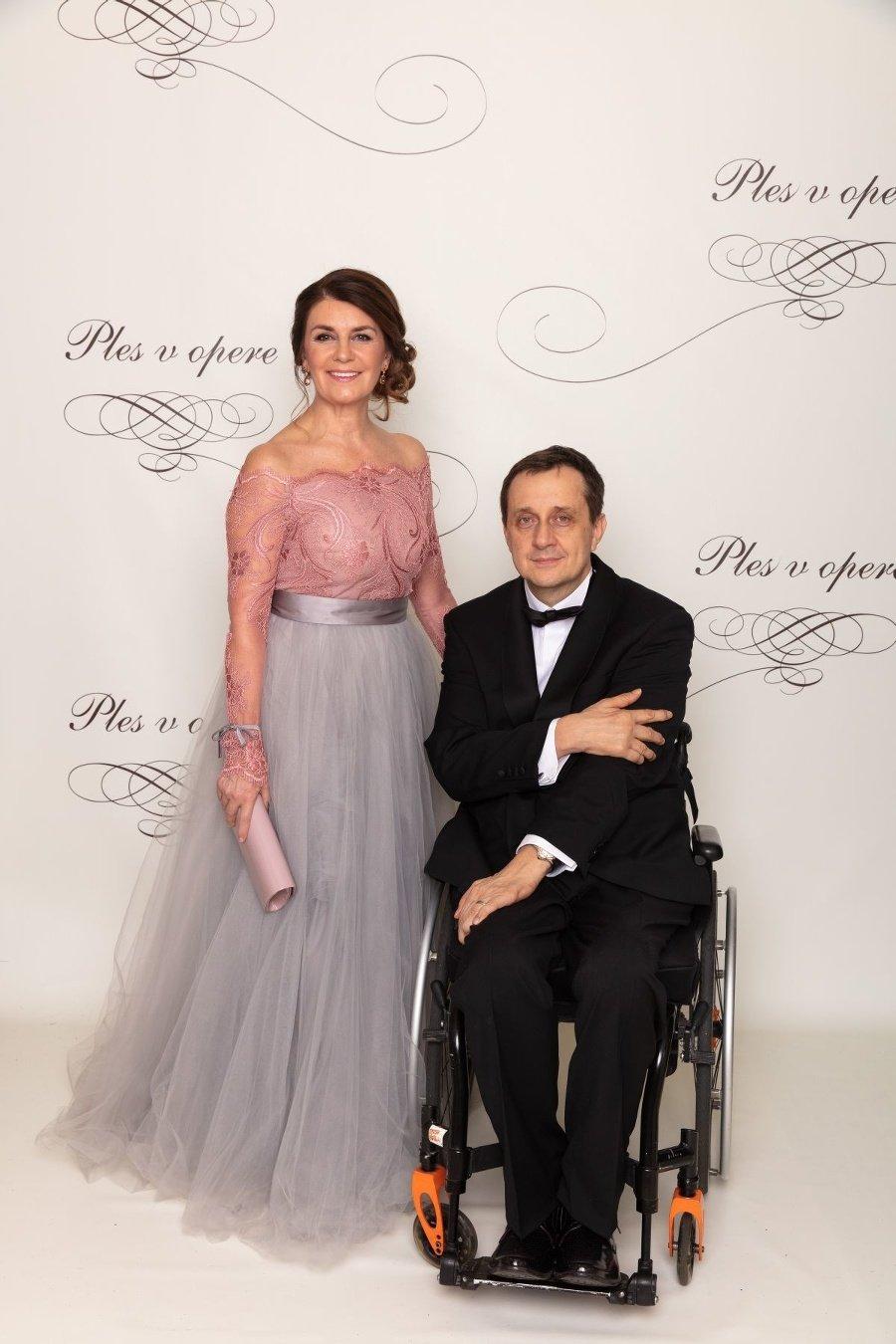 Ján Riapoš s manželkou