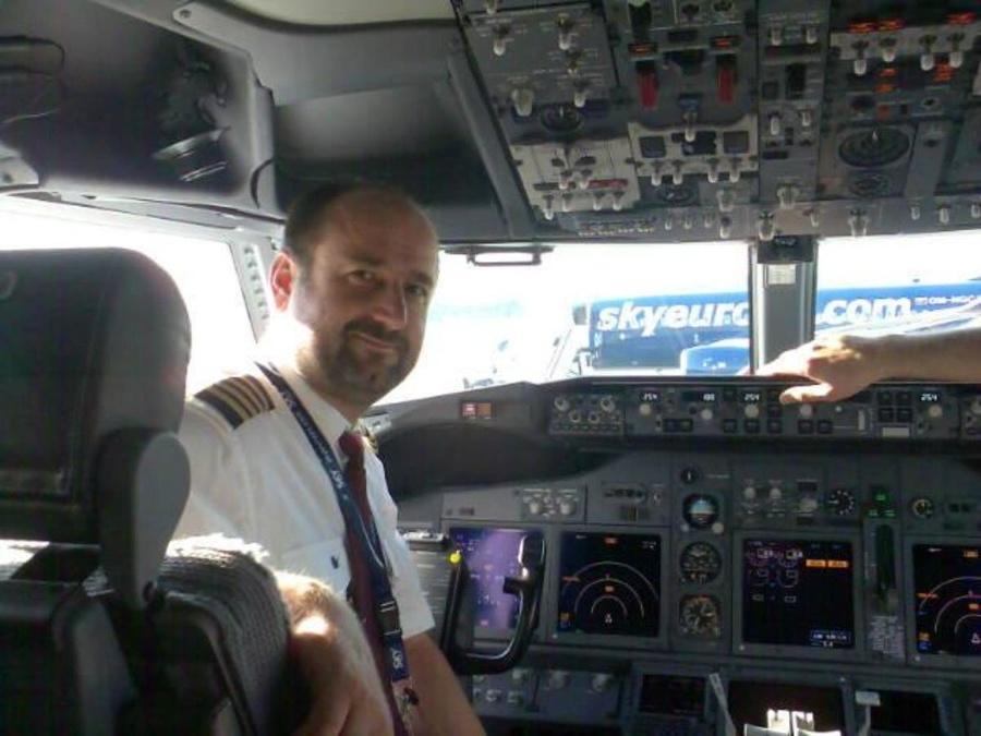 Peter Švec, pilot