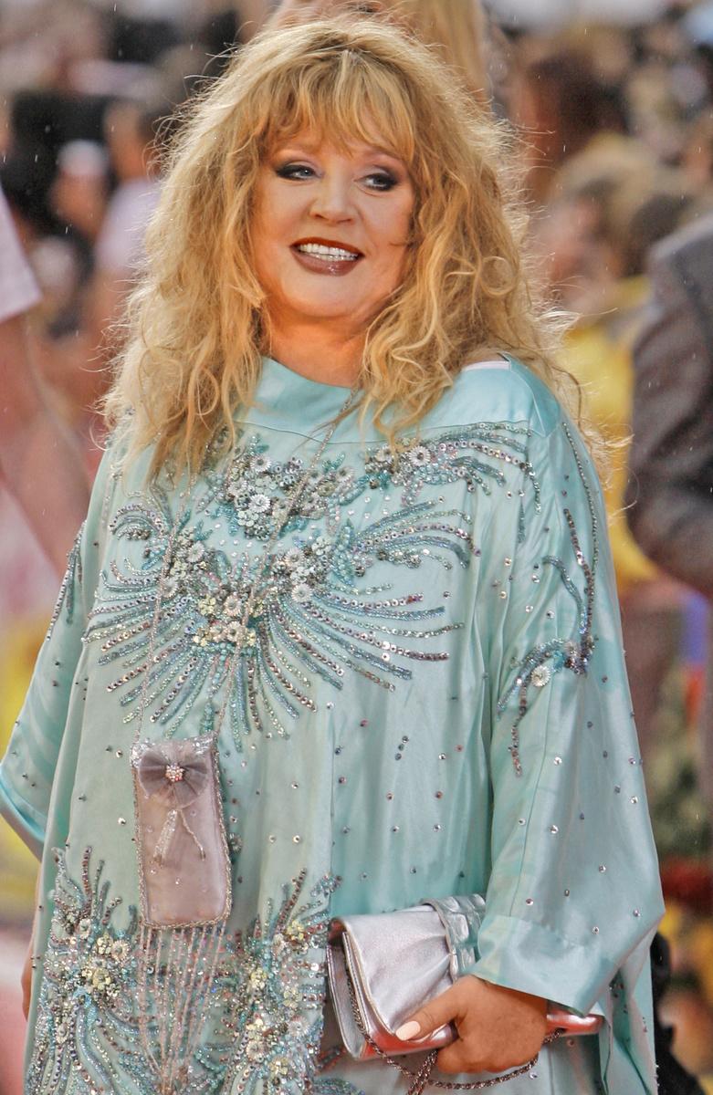 Alla Borisovna Pugačovová (69).