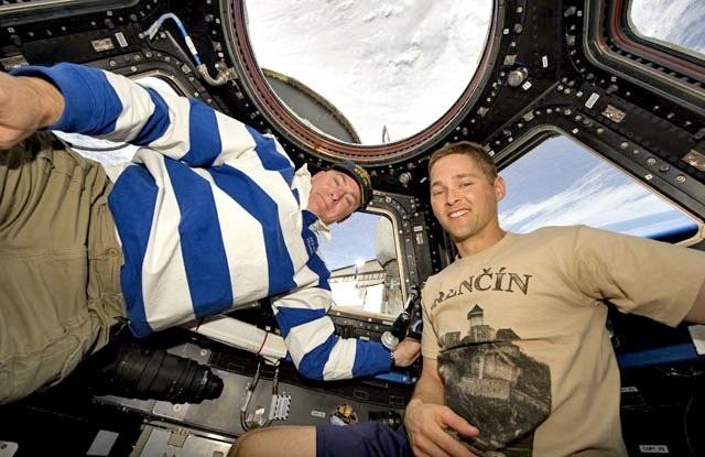 Pilot raketoplánu Discovery Shuttle