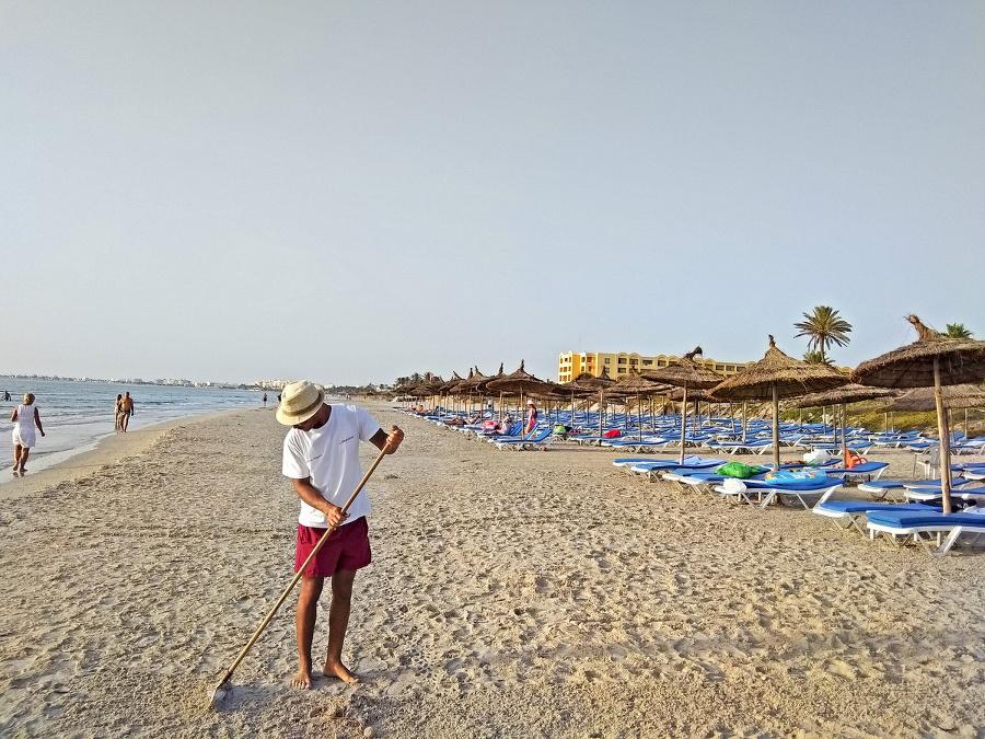 O pláž sa vzorne