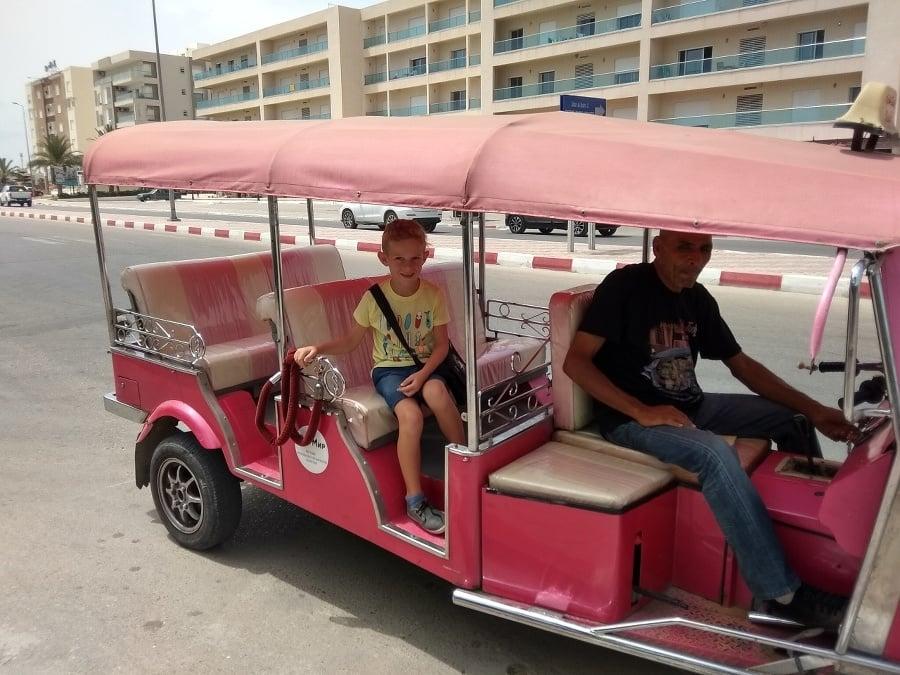 Cesta tuktukom bola zážitkom.