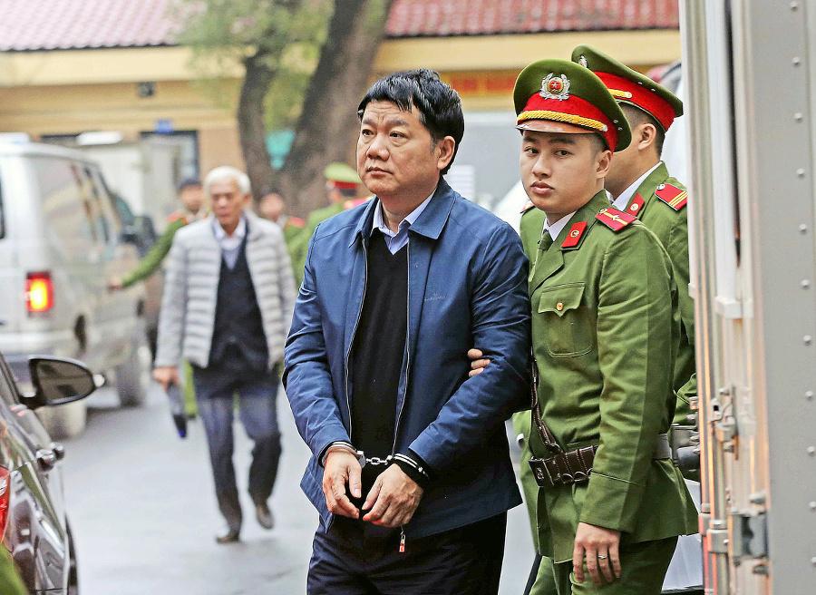 Trinh Xuan Thanha uniesli