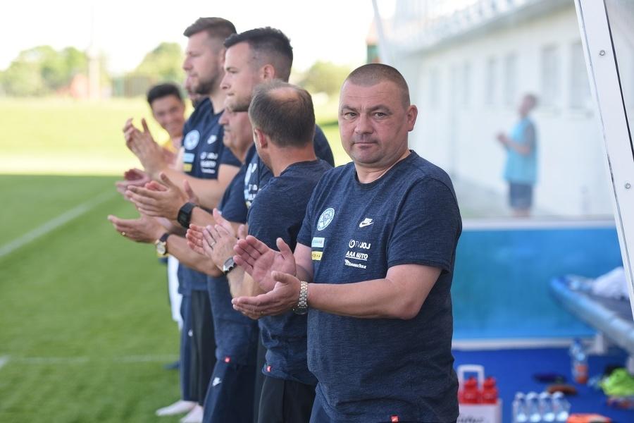 Tréner Malatinský.