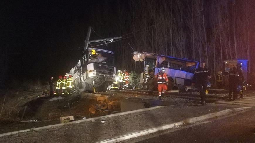 Vlakové nešťastie vo Francúzsku