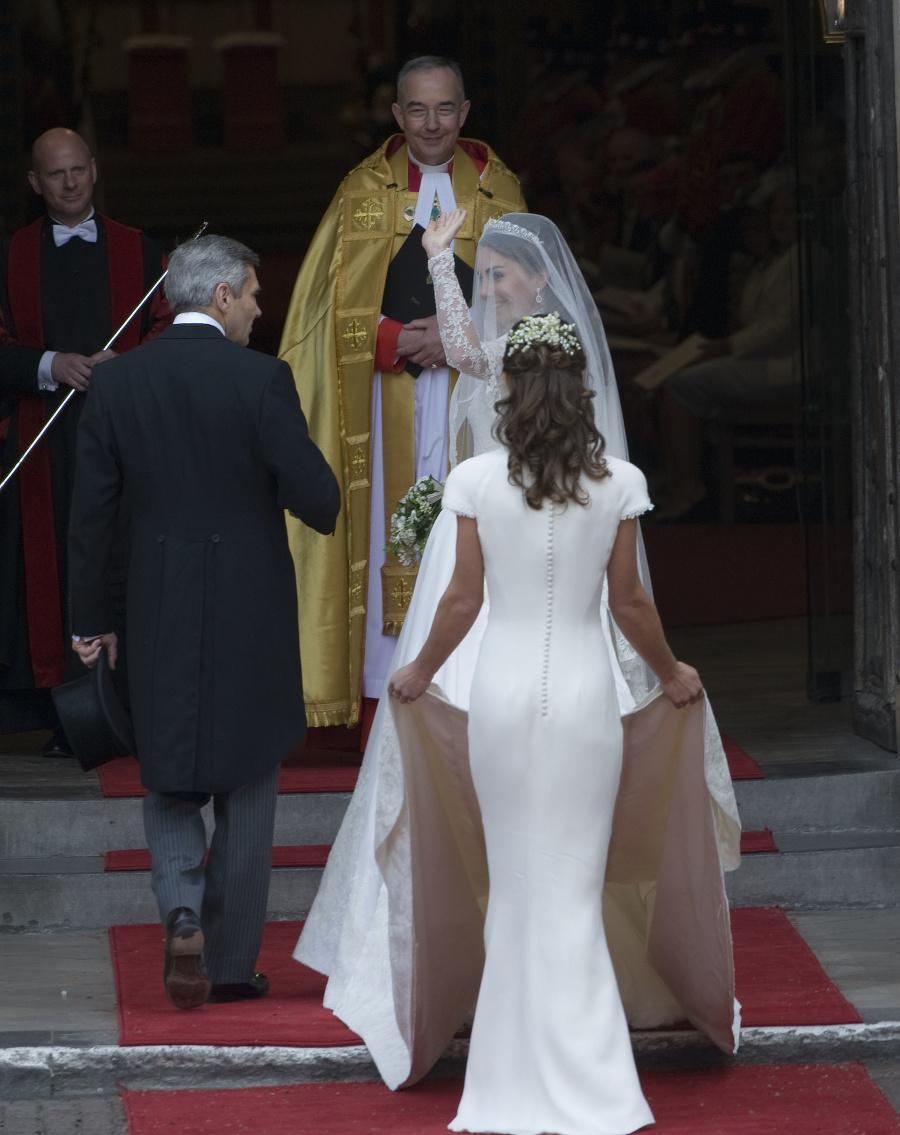 Ľudia po kráľovskej svadbe