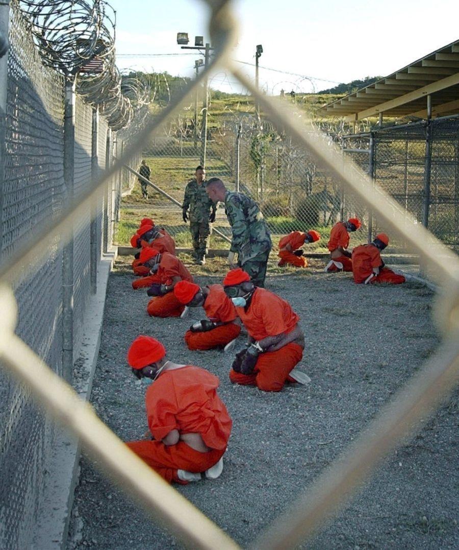 Väzni v Guantáname mali