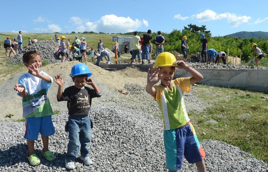 Rómov, ktorí stavajú svoje