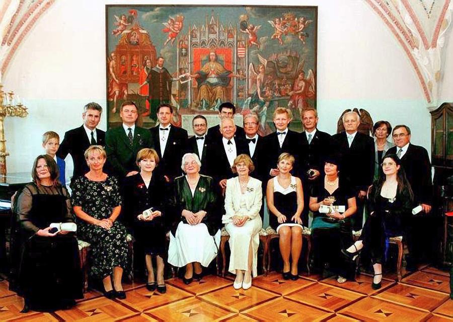 Členovia Aristokratického združenia Slovenska