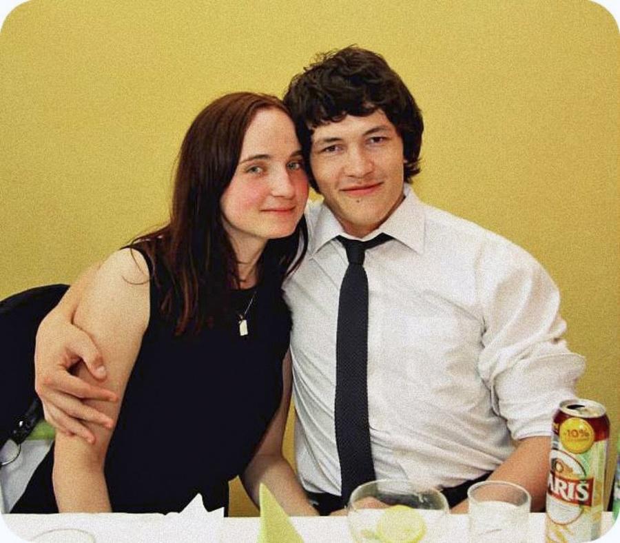 Mladý pár zavraždili podľa